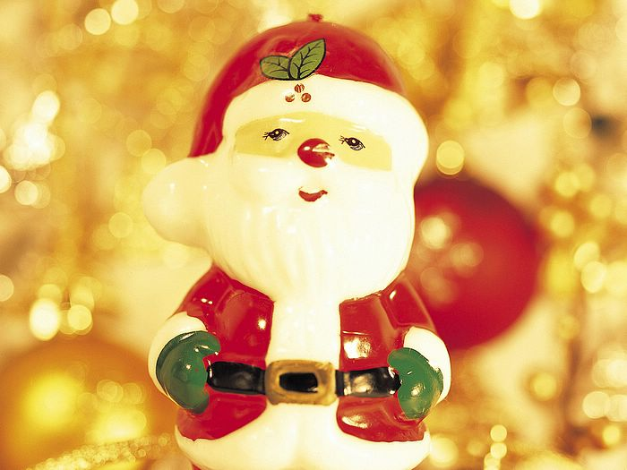 Christmas Figures & Decorations 1680x1050 - Lovely Santa Claus Ornament - Christmas Ornament Wallpaper 1